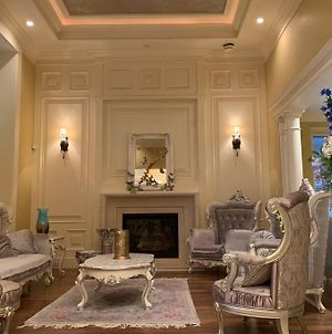 Newly Renovated Fantastic Mansion 6 Bedroom Suits photos Exterior