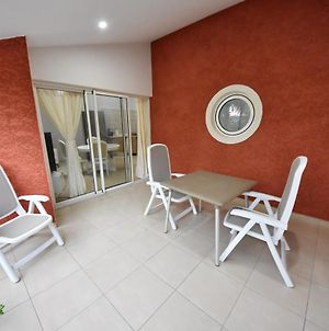 House With 2 Bedrooms In Sainte Anne With Shared Pool Furnished Terrace And Wifi 5 Km From The Beach photos Exterior