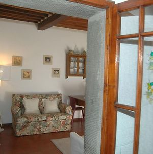 Welcoming Holiday Home In Panzano In Chianti With Balcony photos Exterior