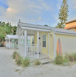 Charming Beach Cottage Steps To Siesta Beach And Village Shops And Restaurants photos Exterior