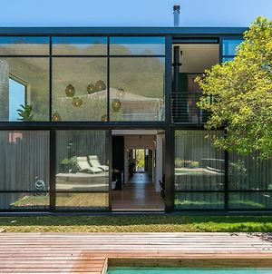 Trendy Family Home With Unrivalled Views photos Exterior
