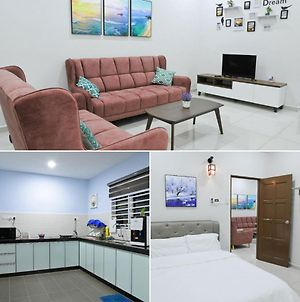 Welcome To Comfort House At Melaka Bukit Baru photos Exterior