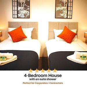 Contractor House - Beautifully Decorated 4 En-Suite Bedrooms - Chadburn House By Your Lettings Peterborough photos Exterior