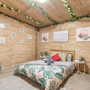 Rustic Private Room In Waterfront Beach Retreat 10 photos Exterior