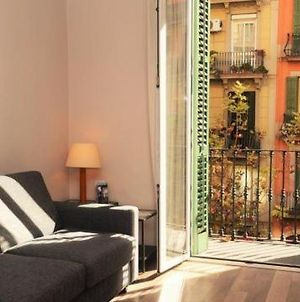 Apartment In Barcelona Sleeps 2 With Air Con photos Exterior