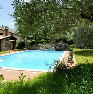 Quiet Rustic Farmhouse, Surrounded By Greenery, Swimming Pool With Tennis Court photos Exterior