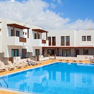 Puerto Calero Apartment Sleeps 4 With Pool And Air Con photos Exterior