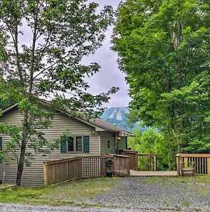 Warm Wooded Cabin With 2-Story Deck And Mtn Views! photos Exterior