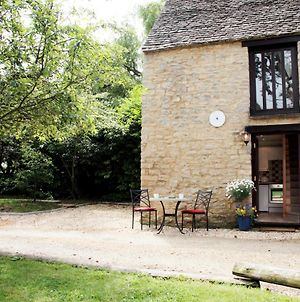 Dovecote - Quirky 1 Bed In A Canal-Side Hamlet photos Exterior