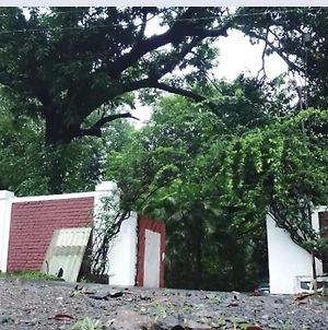 Karjat-Spanish Style Villa With Private Pool 3Bhk photos Exterior