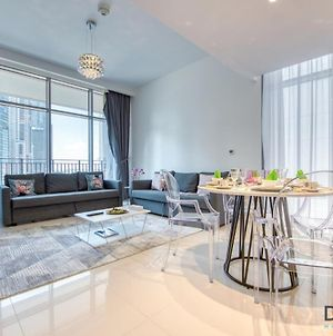 Lovely One Bedroom In Blvd Crescent Tower By Deluxe Holiday Homes photos Exterior