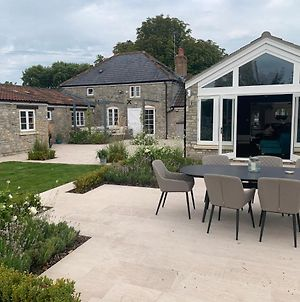 Stylish 5-Bed Coach House In Badgworth photos Exterior