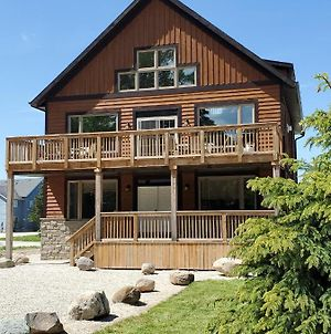 Tyrolean At Blue Mountain Luxury 8 Bedroom Chalet A10 photos Exterior