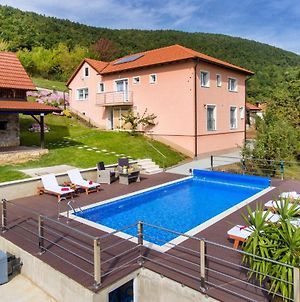 Amazing Home In Kostanjevac With Outdoor Swimming Pool And 4 Bedrooms photos Exterior
