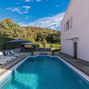 Luxury Villa Located Only 150M From The Sea In Rovinj photos Exterior