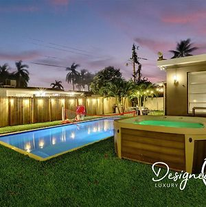 Comfortable Luxurious Home Min To Beach With Hottub photos Exterior