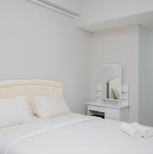 Fully Furnished Studio With Comfort Design Majestic Point Serpong Apartment By Travelio photos Exterior