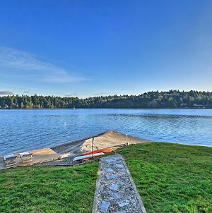Waterfront Olympia Home With Kayaks And Fire Pit! photos Exterior