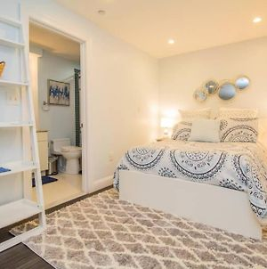Beautiful, Fully Furnished Studio, Steps To Mgh photos Exterior