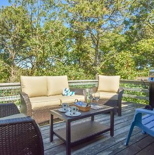 630 Clean Home Deck With Nice Furniture Private Yard Foosball Table Central Ac Walk To Nantucket Sound photos Exterior
