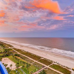 Boardwalk Resort Oceanfront Condo By Hosteeva photos Exterior