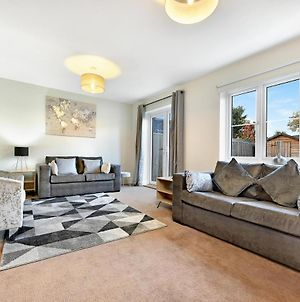 London Heathrow Living Holywell Serviced Houses - 4 Bedroom Up To 9 Beds photos Exterior