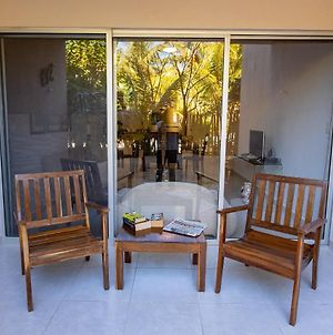 Spacious And Private Retreat 1 Block From The Beach In Progreso East photos Exterior