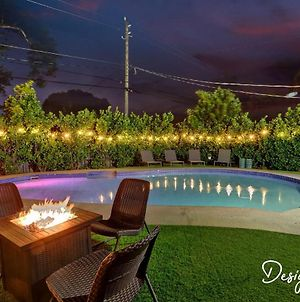 Private Pool Home With Lovely 4Br & 2 Bath photos Exterior
