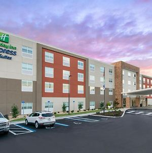 Holiday Inn Express & Suites - Wildwood - The Villages, An Ihg Hotel photos Exterior
