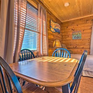 Riverfront Fishing Cabin In Heber Springs! photos Exterior