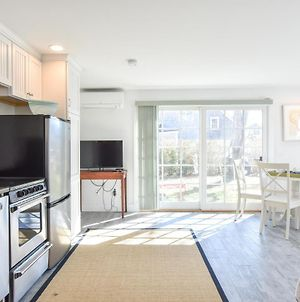 134 Newly Renovated East End Condo With Beach Access And Roof Deck With Water Views photos Exterior