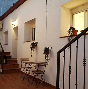 Apartment With 2 Bedrooms In La Adrada With Wonderful Mountain View Furnished Terrace And Wifi photos Exterior