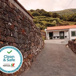 House With 3 Bedrooms In Santo Amaro With Wonderful Sea View Furnished Garden And Wifi 2 Km From The Beach photos Exterior