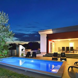 Villa Krnica With Private Pool photos Exterior