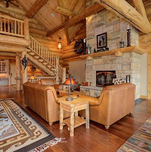 Red Feather Lodge By Big Sky Vacation Rentals photos Exterior