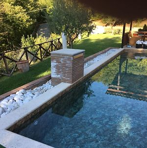 Cozy Holiday Home In Valtopina Italy With Private Pool photos Exterior