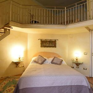 Picturesque Apartment In Florence Town Centre photos Exterior