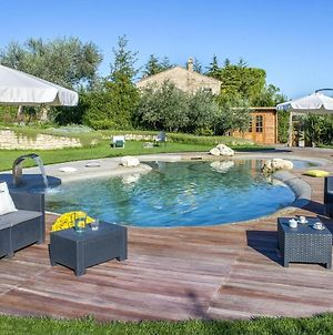 Ravishing Holiday Home In Fermo With Private Swimming Pool photos Exterior