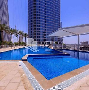 Master Room In Reem Island With Private Parking photos Exterior