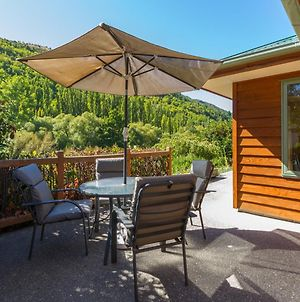 Sawmillers Retreat - Arrowtown Holiday Home photos Exterior