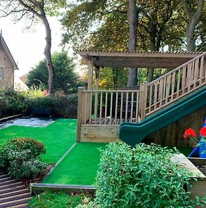 Beach House - 30 Steps From Beach - Luxury House - Kids Slide And Chill-Out Room - Amazing Location - Garden photos Exterior