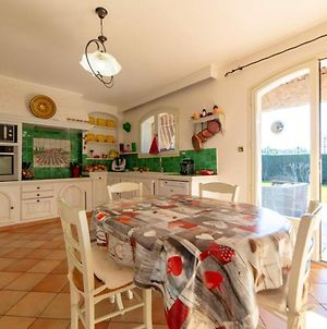 Villa With 5 Bedrooms In Carqueiranne With Private Pool Furnished Terrace And Wifi 5 Km From The Beach photos Exterior