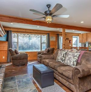 Provo Riverside Cabin #1 - Provo Canyon - Private Hot Tub - Rent All 3 Cabins photos Exterior