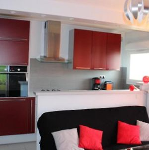 Apartment With One Bedroom In Blois With Wonderful Lake View Furnished Balcony And Wifi photos Exterior