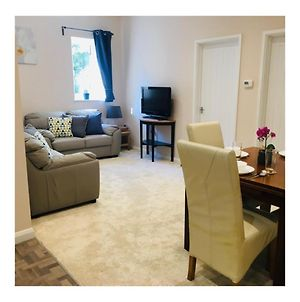 Private Apartment - Perfect For Holidays, Port Of Dover & Eurotunnel photos Exterior