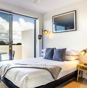 Cosy Studio With Balcony On Newtown Dining Strip photos Exterior