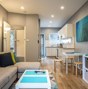 2-Bed Unit With Balcony And Bbq Metres From Beach photos Exterior