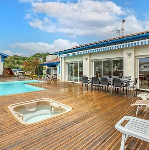 Villa With 6 Bedrooms In Bidart With Private Pool Terrace And Wifi photos Exterior