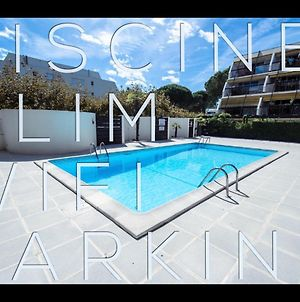 Le Ponant, Wifi, Piscine, Parking photos Exterior