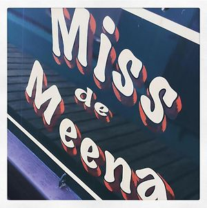 Miss De Meena photos Exterior